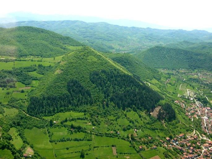 Пирамида солнца в Боснии (+Фото)