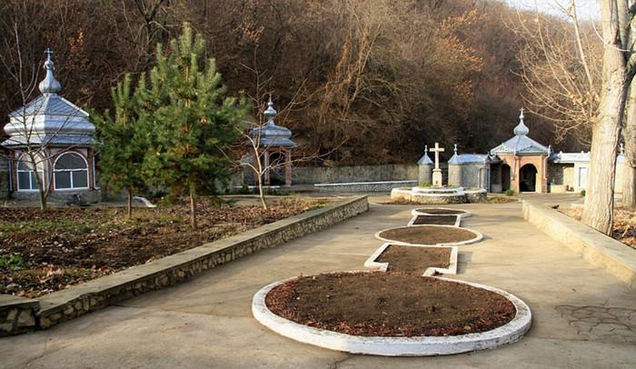 Живая вода целебных источников Молдовы (+Фото)