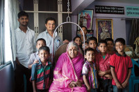 Мать 1000 сирот - История Синдхутаи Сапкал