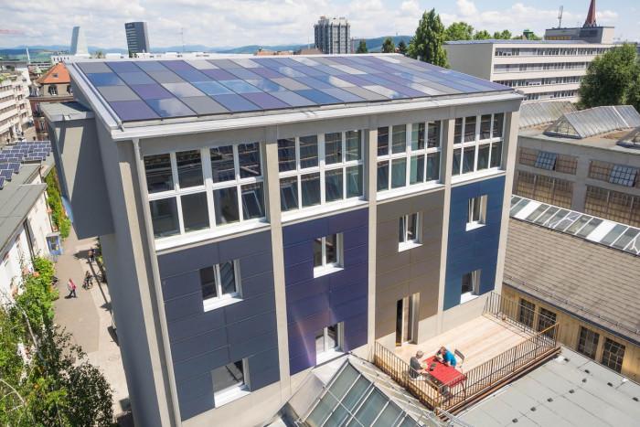 Облицовочные солнечные панели для стен зданий