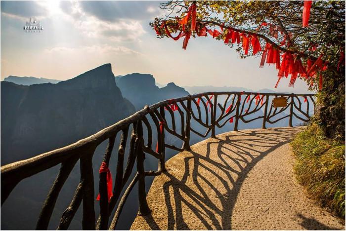 Удивительные экспедиции по Китаю (Фото)