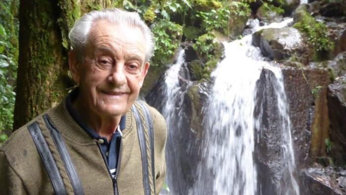 Пенсионер из Бразилии за 40 лет вырастил огромный лес (+Фото)