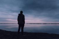 Учитесь иногда быть в одиночестве! Это сделает вас сильнее и счастливее