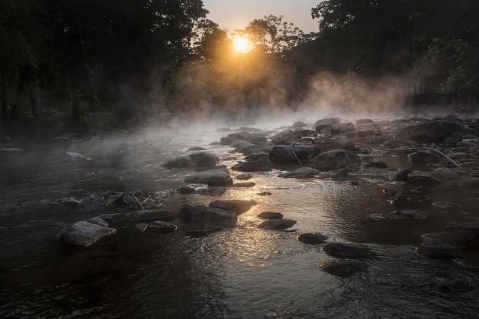 Кипящая река (Фото)