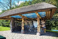 Как бизнесмен превратил в сказочное место заброшенную деревню Литовка