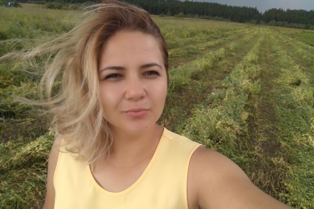 Оля в поле - воин! Женщина построила агро бизнес в деревне