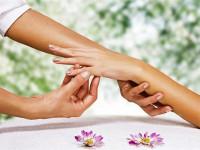 Массаж рук. Как за 5 минут в день сделать пальчики бархатистыми? (Видео)