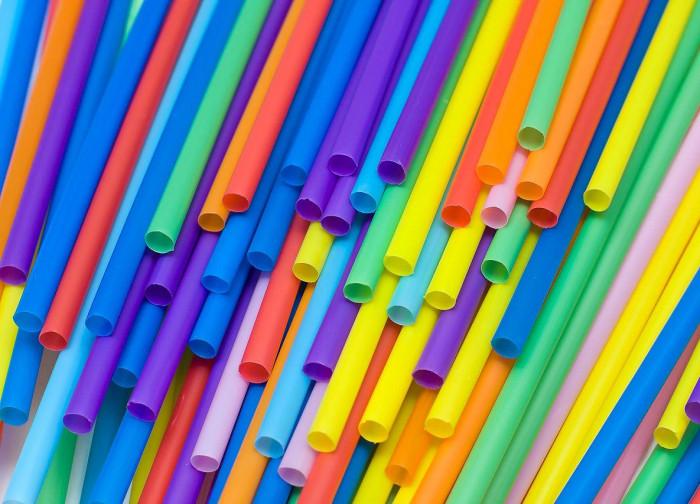 Депутаты Европарламента проголосовали за запрет одноразового пластикаДепутаты Европарламента проголосовали за запрет одноразового пластика