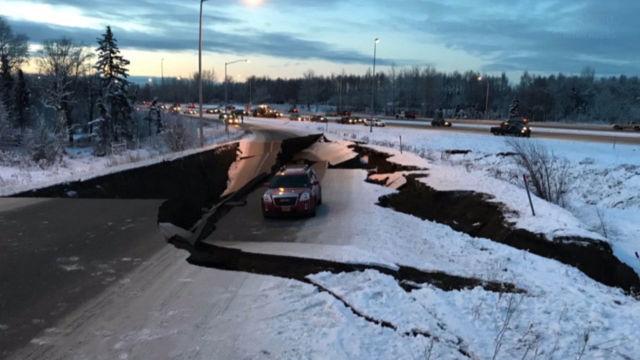 Аляска пережила кошмар: Поврежденные дома, разрушенные дороги