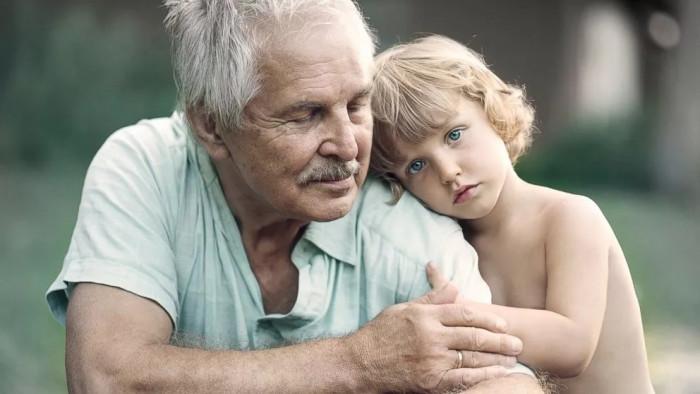 В Канаде придумали гениальную идею — объединить Дома престарелых с Детскими приютами