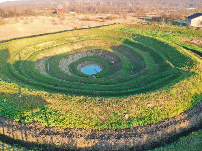 Растения сидераты в кратерном саду (+Фото)