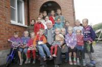 Невероятно! Но у этого дедушки 117 внуков и 33 правнука (+Видео)