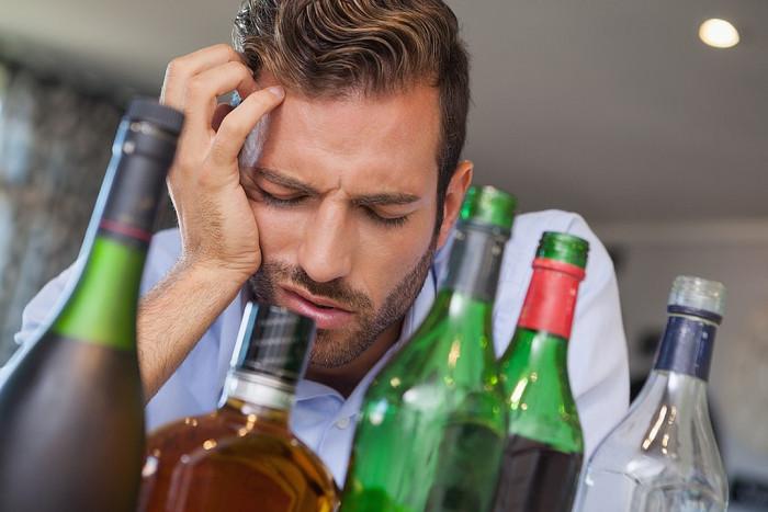 В Британии предлагают алкоголь считать наркотиком и снять с производства