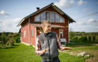 Молодая семья покинула Швейцарию и переехала в Налибокскую пущу, чтобы создать родовое поместьеМолодая семья покинула Швейцарию и переехала в Налибокскую пущу, чтобы создать родовое поместье