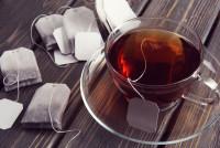 Заваривая чай в пакетике, можно получить ударную дозу пластиковых микрочастиц