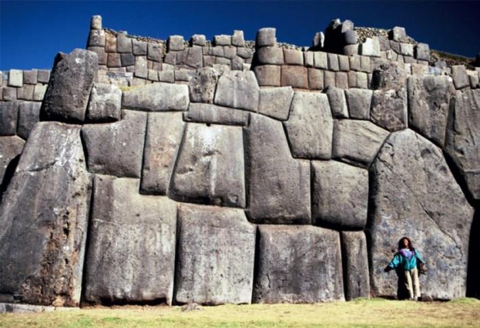 Саксайуаман — древний город в горах в Перу (+Видео)